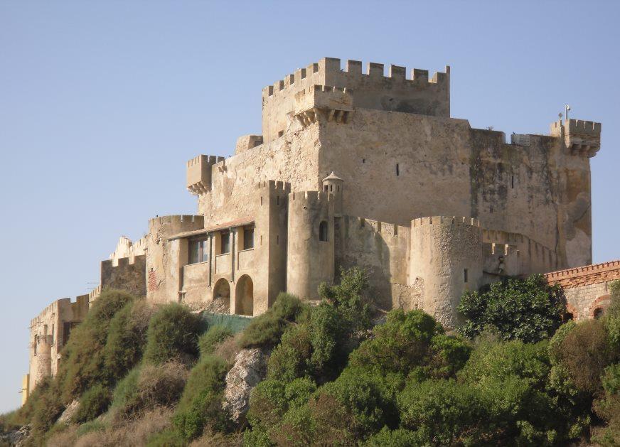 Castello-di-Butera-Castello-di-Falconara-3